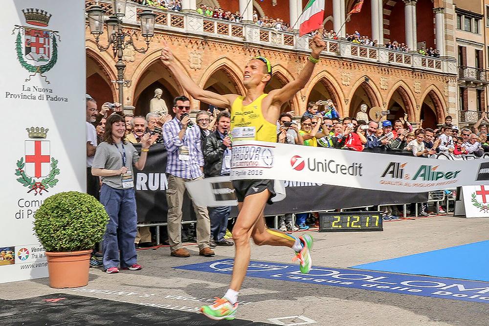 Ruggero Pertile trionfa alla XXVII Maratona di Padova