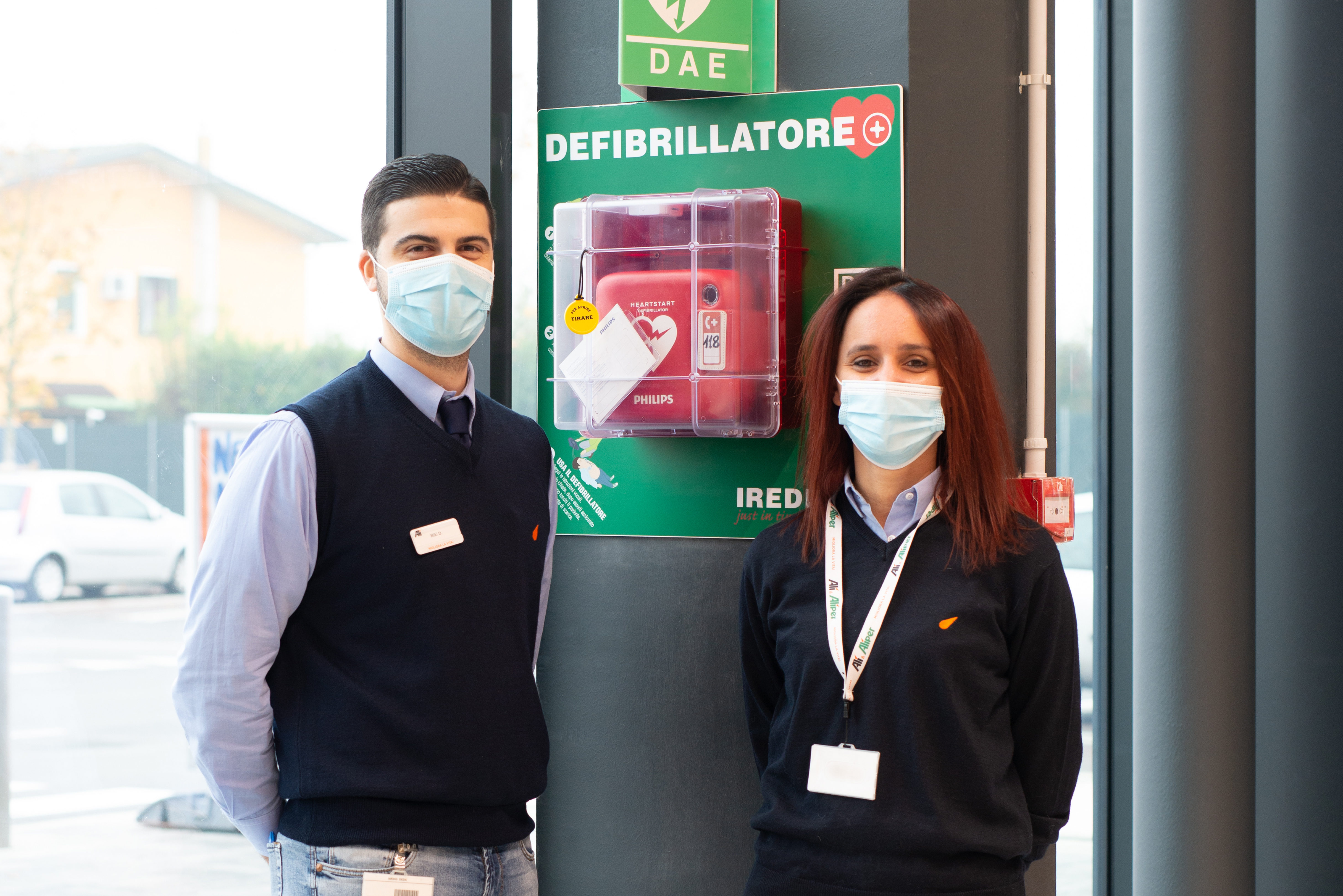 Alì installa 118  defibrillatori per la sicurezza di collaboratori e clienti