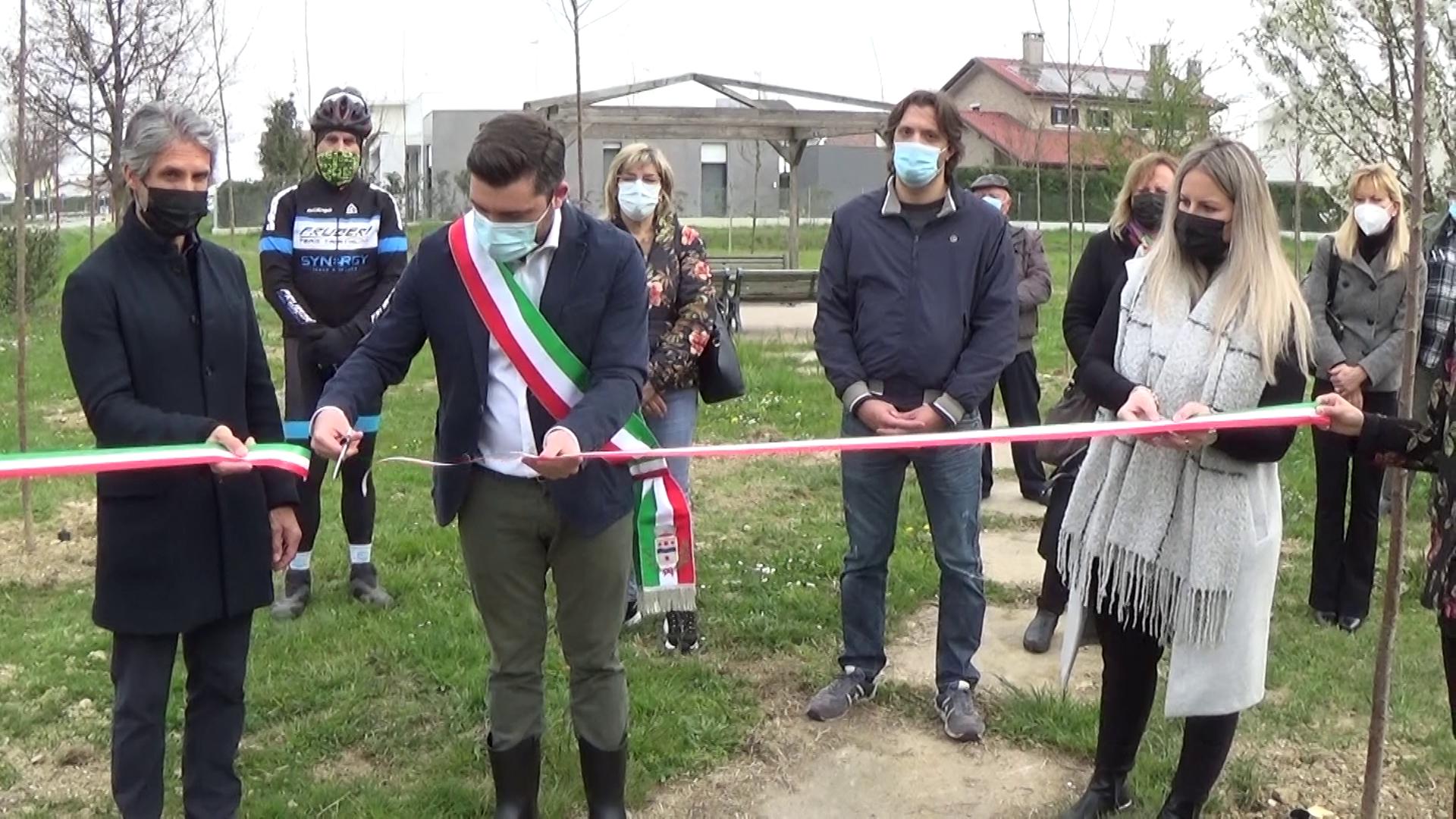 Cadoneghe, inaugurato il primo Bosco in Città