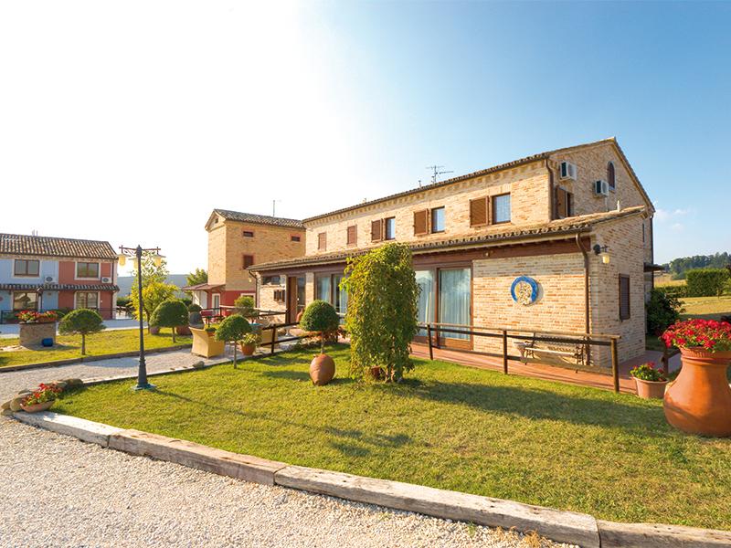 SOGGIORNO AD APPIGNANO (MC) - COUNTRY HOUSE OSTERIA DEI SEGRETI